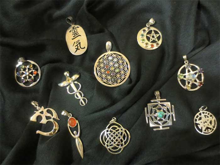 Amuletos y su significado
